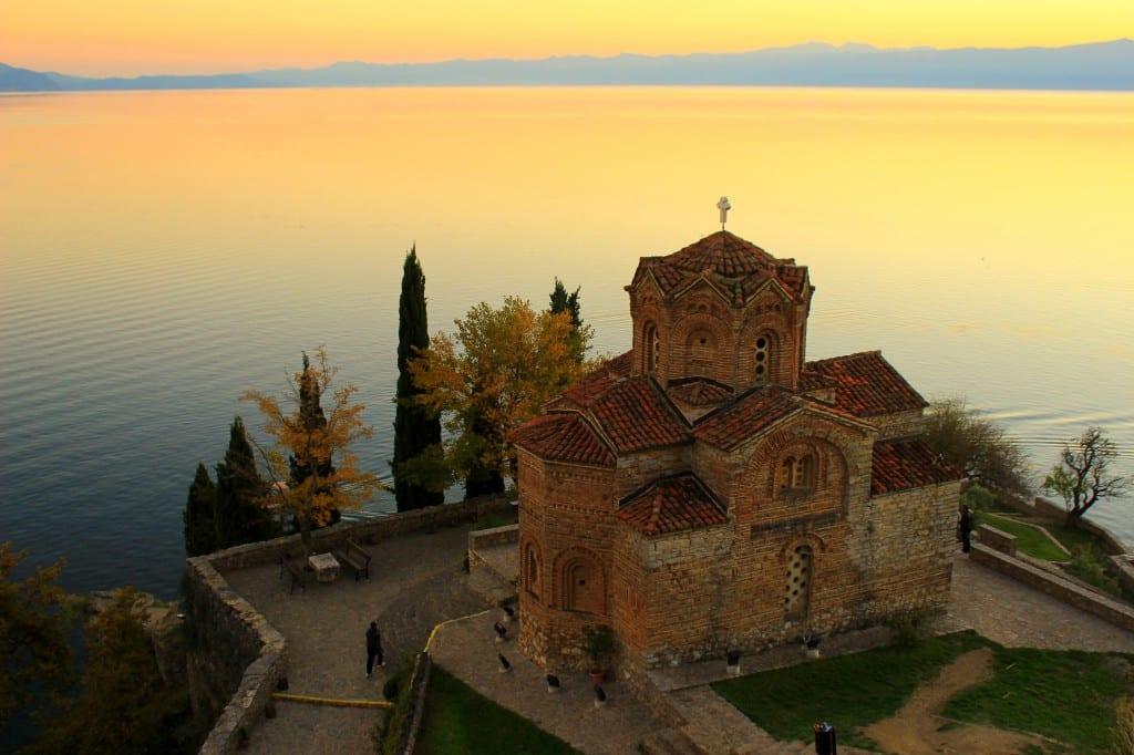 Utsikt over Ohridsjøen fra St. John Kaneo-kirken